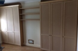 Shaker Wardrobes With Shelves